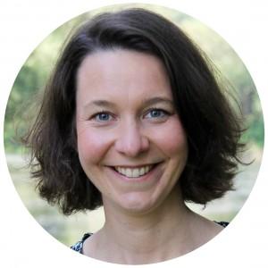 Katrin Linzbach Bewusstsein braucht Raum_rund_Spiel_Verlag